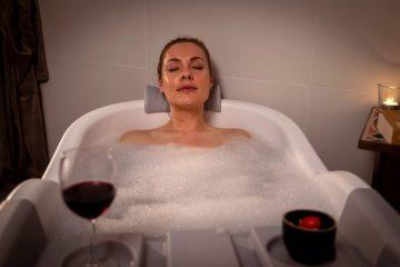 HelloBath Opvouwbaar bad XXL - 148cm grijs - Bath Bucket 2.0 - plastic badkuip - Inklapbaar bad - Zitbad voor Volwassenen - ZitBadXL.nl